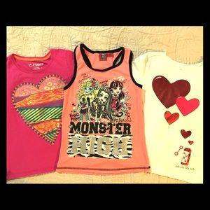 🌟💖 BUNDLE! 💖🌟 3 Girls Shirts Hearts & Glitter!